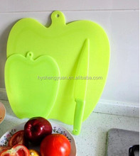 Colorful apple shape cutting board/food grade pp cutting boards/BSCI factory wholesale fruit cutting boards