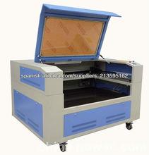 máquina de láser para grabar acrilíco