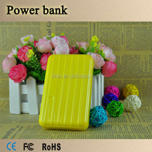 travel all over the word luggage 11000mah portable charger