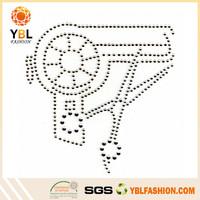 Alibaba Golden Supplier T-shirt Accossory Iron On Toy Gun Rhinestone Transfer