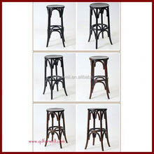 wood Manual work hotel chiavari chair with cushion for event and birthday