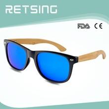 2015 nuevo diseño de bambú armas con el plástico gafas de sol de marco con precios baratos