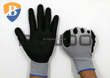 Top fit nitrile working glove with 15G polyester liner
