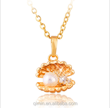 Hot style pearl shell necklace with 18 k gold plated zircon collarbone chain necklace