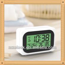 YD8228W mini running alarm clock for promotion