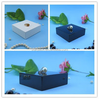 Hot Sell Glossy Painted Square Jewellery Display Stand Base for Counter in Small S958S