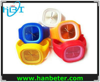 Wholesale analog waterproof mens silicone bracelet wrist watch with different style and color
