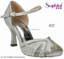 High Quality Wide Width Shoes Lady Cloth Footwear