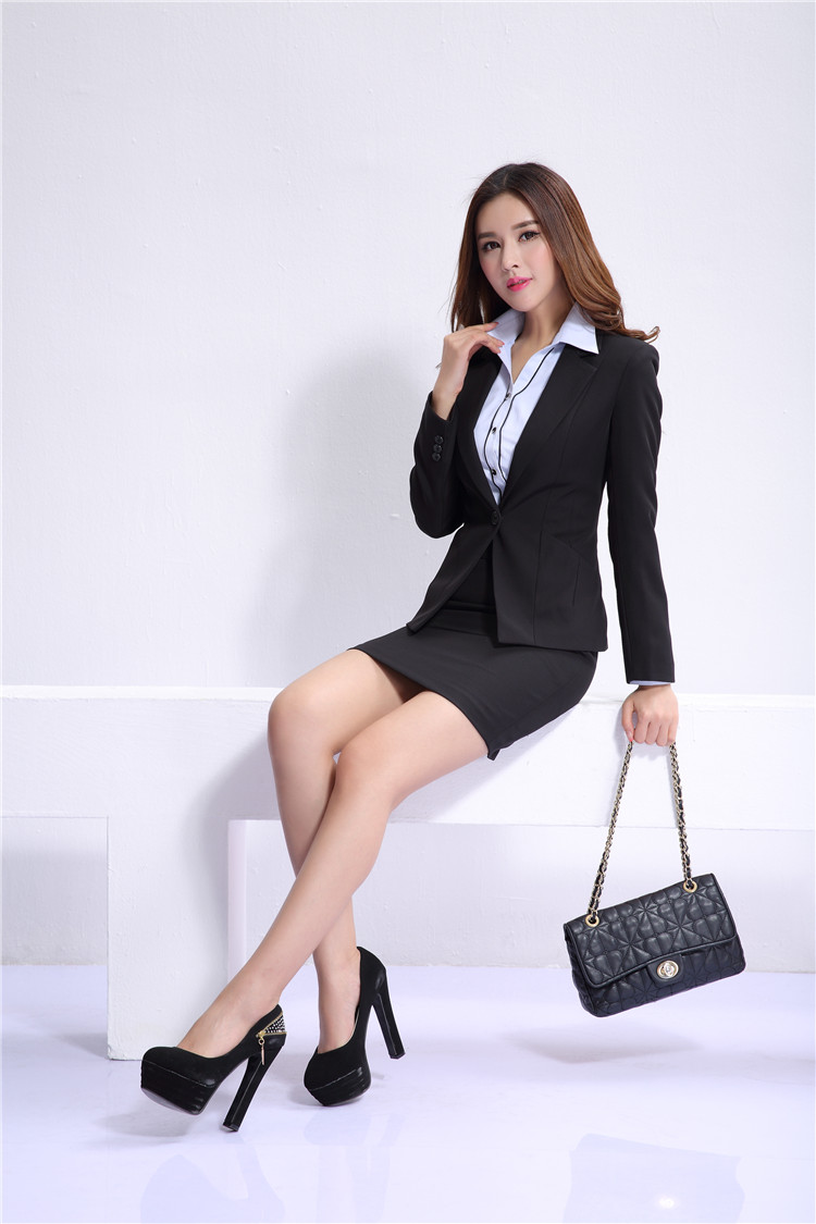 The Gallery For Gt Business Women In Mini Skirts