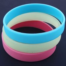 latest energy glowing silicone hand bands