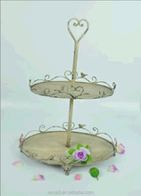Shabby chic country style round storage metal tray with heart -shaped cover
