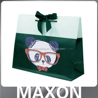 Guangdong Manufacturer fashion die cut handle paper bags