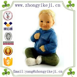 2015 chinese factory custom made handmade carved hot new products Resin doll miniature statue