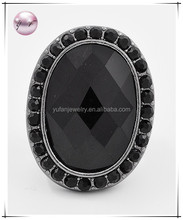 Hematite Tone / Black Lucite / Lead Compliant / Stretch Ring