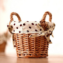 willow wicker basket with handles and cotton lining wholesale,2015 wicker storage basket with handle