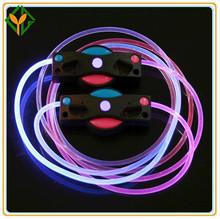 Multi- color led intermitente cordones de los zapatos