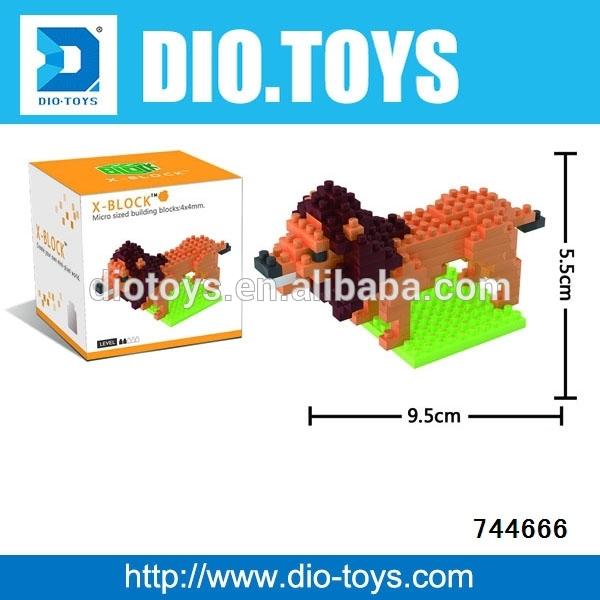 Plástico transparente peixes b / o bolhas de arma brinquedos para crianças com luzes