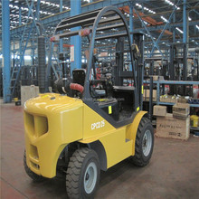 YTO 2.5tons automatic transmission rough terrain fork lift truck CPCD25