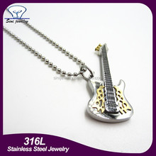 2015 hot sale custom engraving guitar pick pendant with bead chain,stainless steel guitar pick pendant