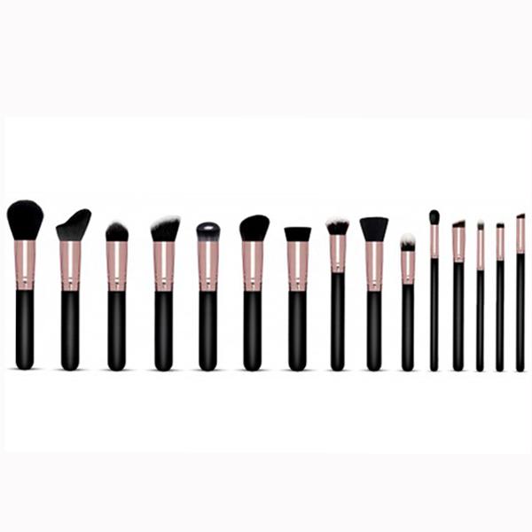 makeup brushes .jpg