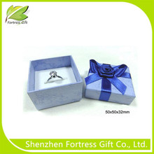 Custom Cheap Paper Ring Packaging Box with foam insert and rose ribbon binded