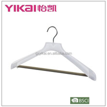 2015 High quality plastic coat clothes hanger with flocking trousers bar in new style