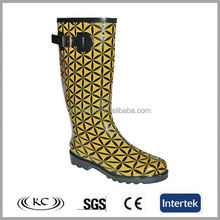 high quality bulk wholesale yellow plaid rubber boots with dog print