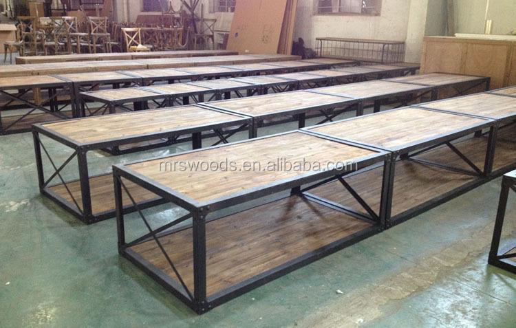 roue en fer pour table basse table basse avec roulette tables basses avec roulettes tables. Black Bedroom Furniture Sets. Home Design Ideas