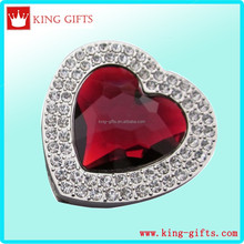 Zinc alloy die casting heart shape red stone bag hanger