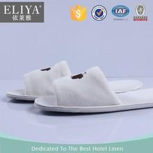 Eliya di alta qualità nuovo design velluto di cotone aperta albergo pantofola toe