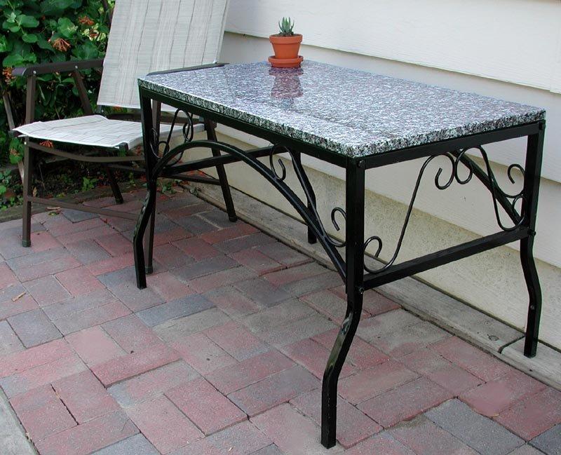Ingl s jard n granito superior patio mesa mesas de metal for Precio mesada granito