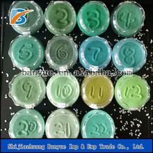 Green dye coloured silica sand for sand art