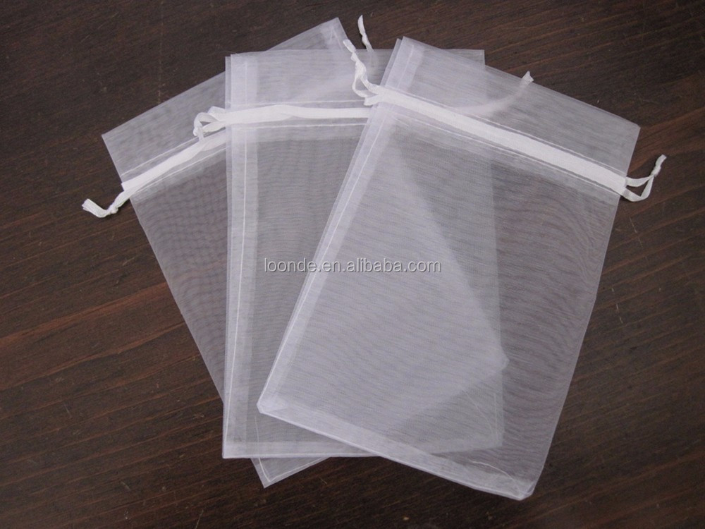 organza gift wrap bag (1).jpg
