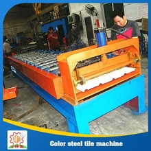 Plastic sheet roll machine