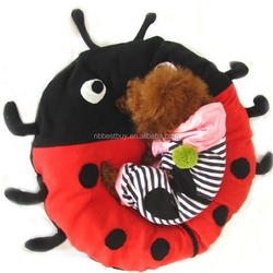Luxury pet dog beds pet product supplies cute ladybug shape kennel decorative dog kennels