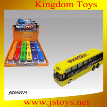 modelo a escala del juguete del autobús