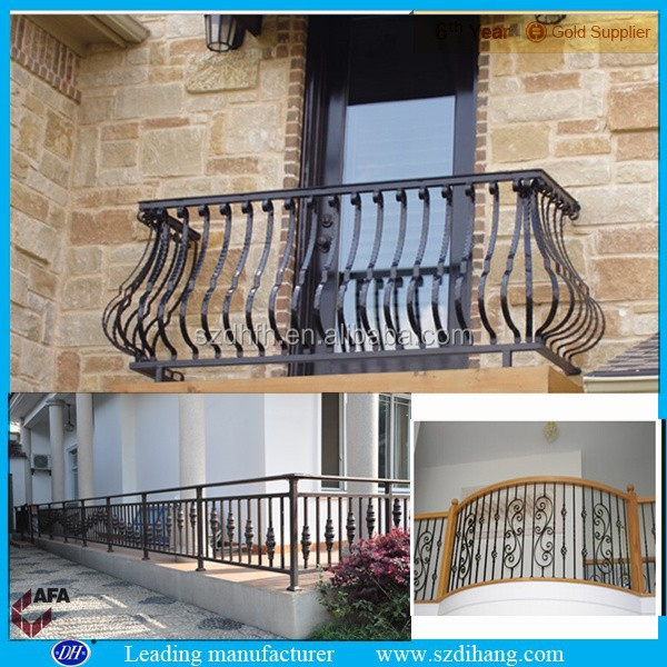 Iron grill design for balcony wrought iron balcony designs for Balcony full grill design