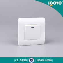 igoto 1 gang 1 way switch socket with light