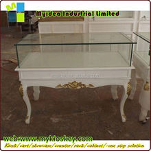 Luxury Royal Jewelry Wood and Glass Showcases mobile jewelry display case