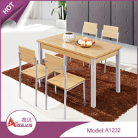 2015 new design dining room furniture 1.2 meter custom color wooden chairs and dining table for 4 people