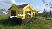 one dining room with one bed room outdoor tent