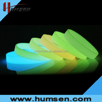 Low price luminous silicone bracelet,glow in the dark bracelet