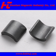 Ferrite arc magnet for motor