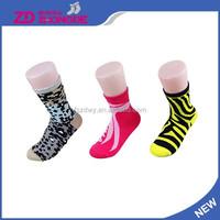 Fashionable womens thick socks women white socks girls softball socks