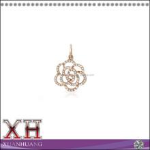 Vida Pendant with CZ in 14K Rose Gold Flower Pendant