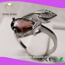 latest new model natural garnet sterling silver hot selling lovers rings