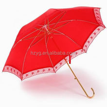 All kind of color mannual open wooden handle uv coating parasol supplier