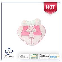 lovely plush heart shaped cushion pillow