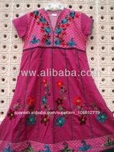 Teñidos de color rosa de algodón bordados étnicos kurtis/kurtas tunicsgreen largas túnicas vestido de occidental origen