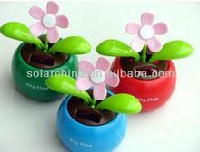 Dançar solar Powered solar do balanço de Flowerpot da flor da aleta NOVA da aleta do Decor do carro dos brinquedos da venda por